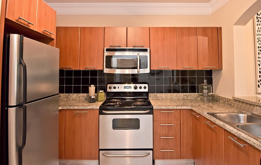 Lenox Apartments   Gramercy At Buckhead   Atlanta, GA   Kitchen Appliances