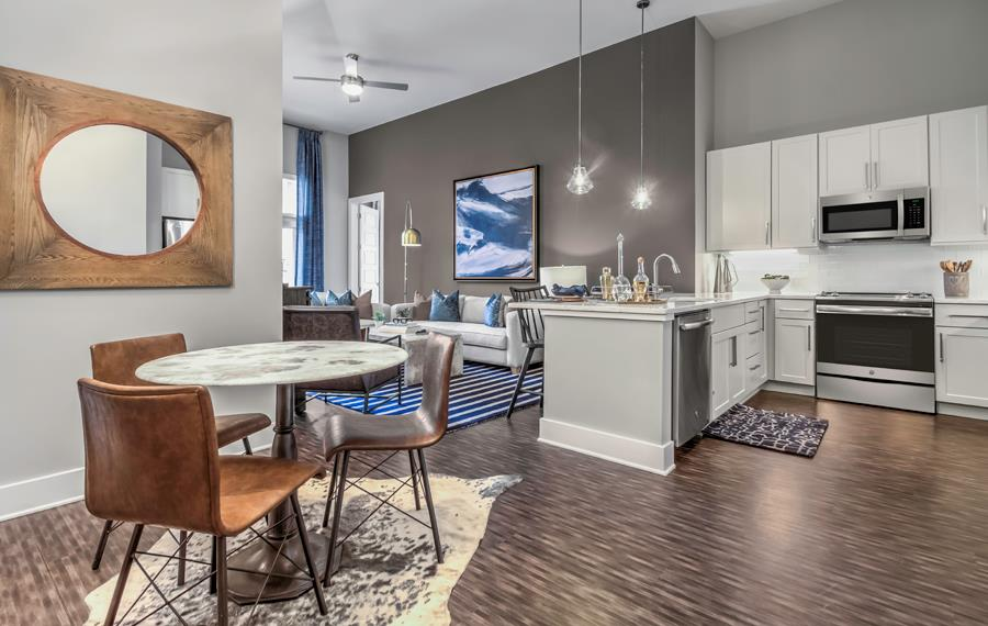 Providence Road apartments near Ballantyne Corporate Park - The Links Rea Farms - Kitchen
