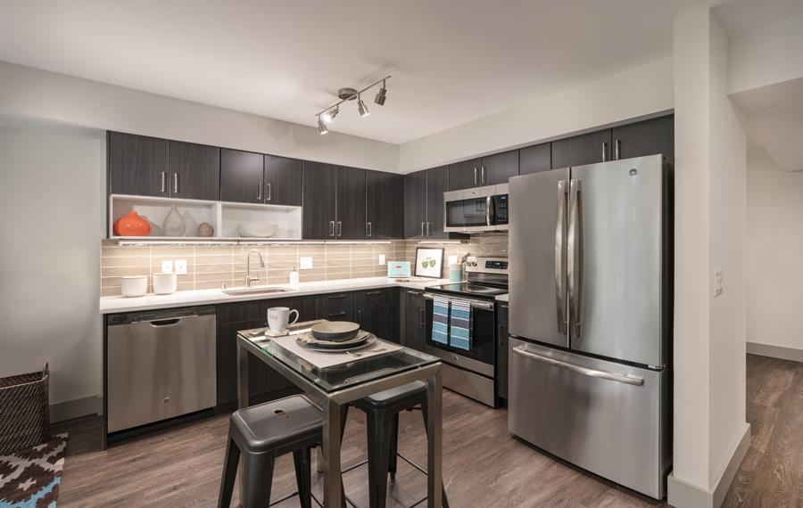 Apartments For Rent Bellevue WA   Metro 112 Apartments   Stainless Steel  Appliances