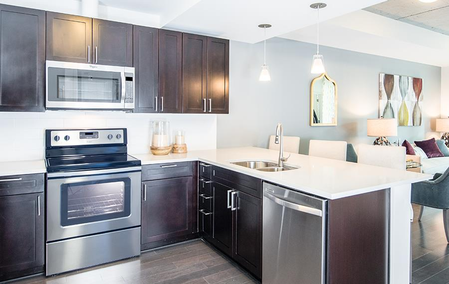 Apartments in Uptown Denver - SkyHouse Denver - Quartz Countertops