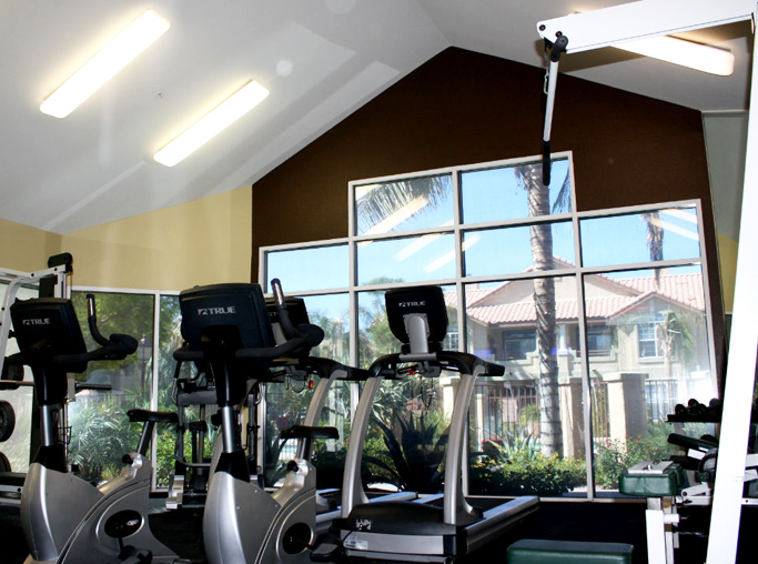 Coronado Crossing apartments in Downtown Chandler - State of the Art Fitness Center