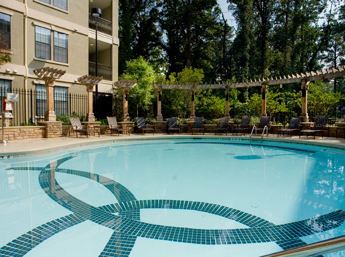 Gramercy At Buckhead apartments for rent in Midtown near Manhattan Associates - Large swimming Pool