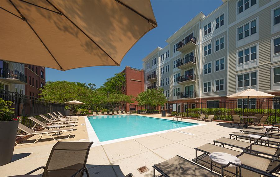 Community Amenities Falls Church Va Apartments In Fairfax County Pearson Square Apartments