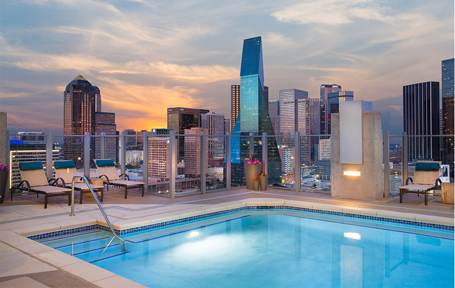 Saltwater Pool With Downtown Dallas Views Amazing Ideas