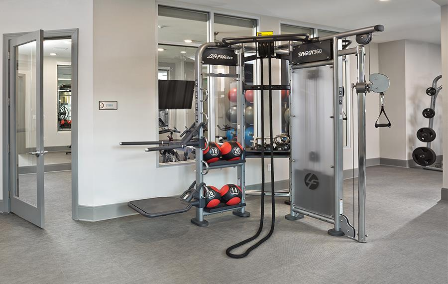 luxury apartments in phoenix - District at Biltmore - Fitness Center