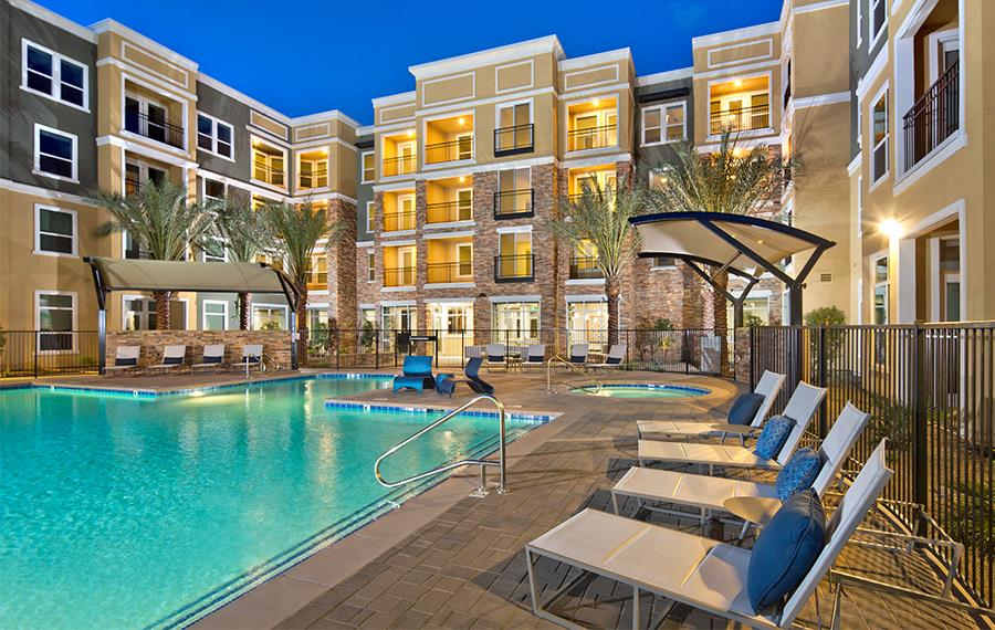 District at Biltmore - Luxury Apartments Phoenix - Pool