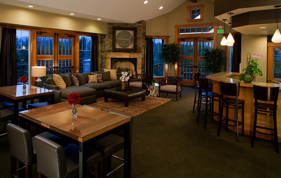 Boulder Creek apartments in Issaquah Highlands near Cosco - Resident Lounge