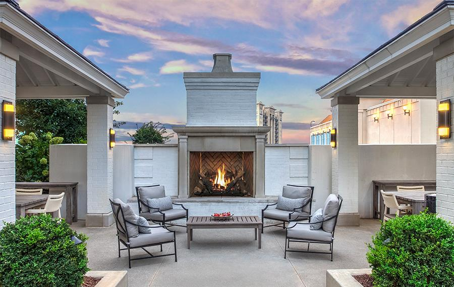 Luxury Apartments Atlanta - The Residence Buckhead Atlanta - Outdoor Lounge