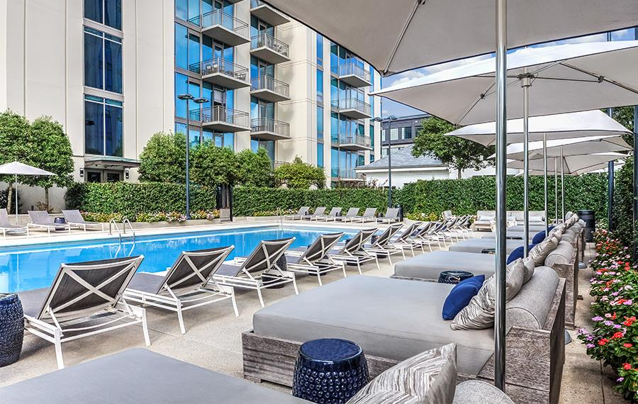 Buckhead Apartments - The Residence Buckhead Atlanta - Pool