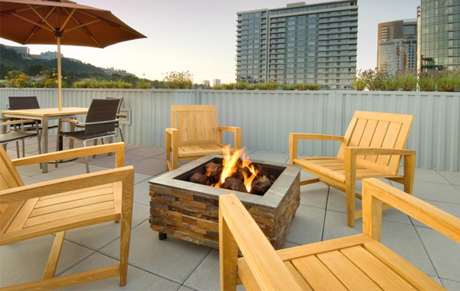 South Waterfront apartments for rent in Portland - The Matisse Rooftop Fire Pit