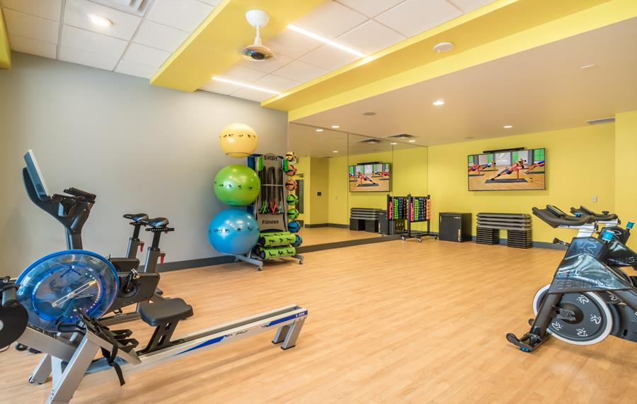Apartments for rent Bellevue WA - Metro 112 Apartments - fitness studio