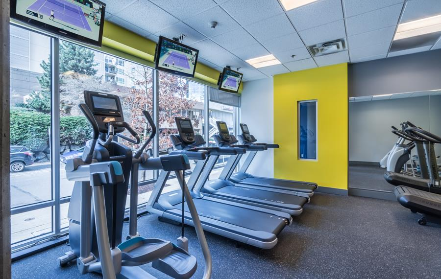 Downtown Bellevue apartments for rent near Microsoft - Metro 112 Apartments - fitness center