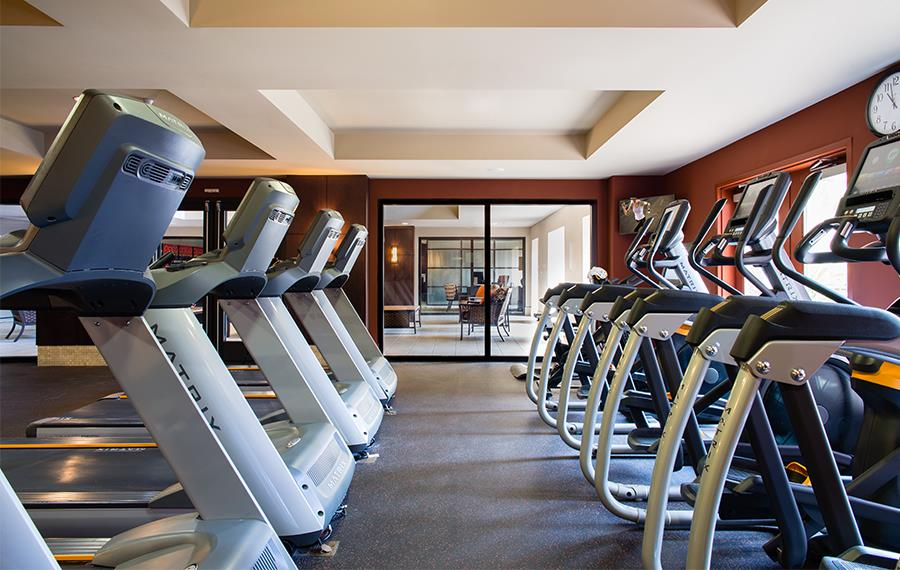 Cabrillo Heights Park apartments for rent in San Diego - Mira Bella Fitness Center