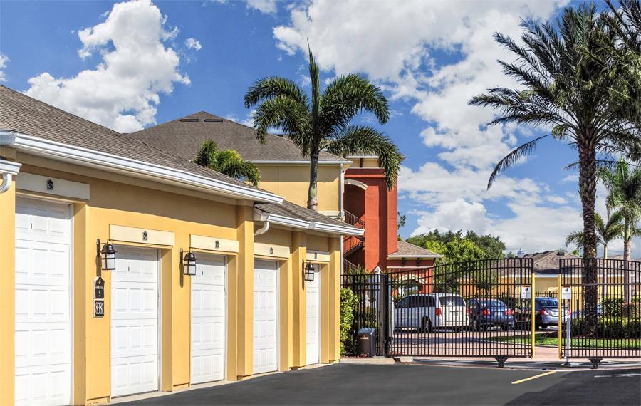 Community Amenities | Apartments near Orlando Airport ...