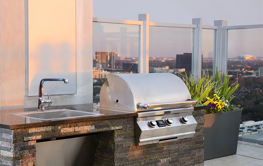 SkyHouse River Oaks - Houston, TX - rooftop bbq grills