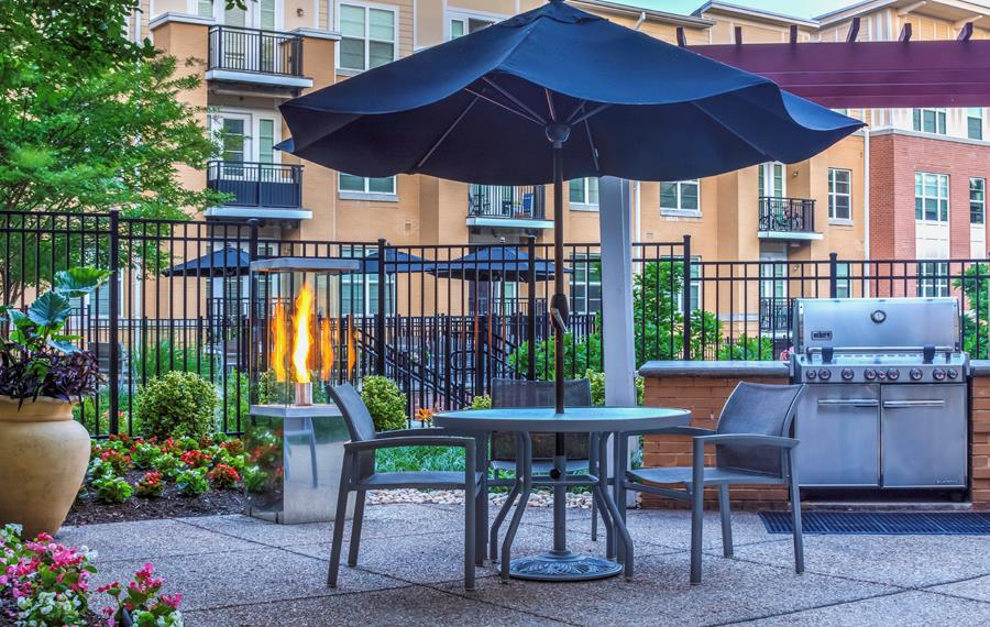Apartments for rent in Vienna - The Reserve at Tysons Corner BBQ Grills