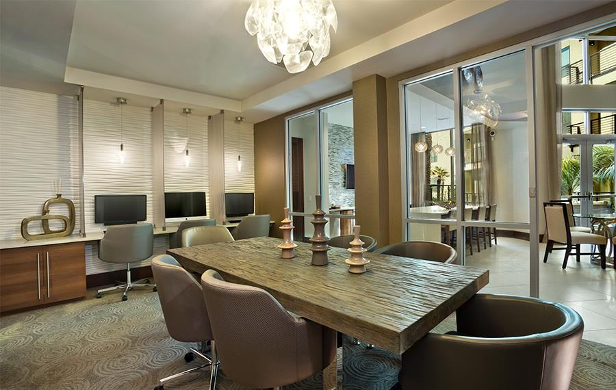 Arcadia Apartments in Phoenix - Citrine - Meeting Room