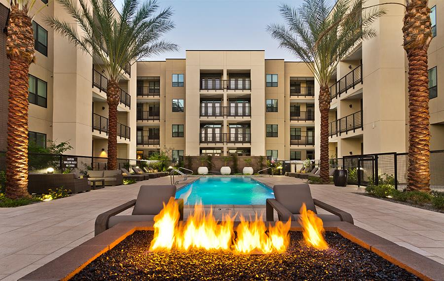 Arcadia Phoenix Apartments - Citrine Apartments - Outdoor Lounge