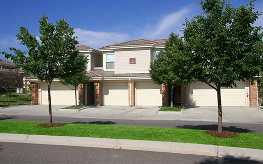 Parker apartments and townhomes for rent - Meadows At Meridian Private attached and detached garages