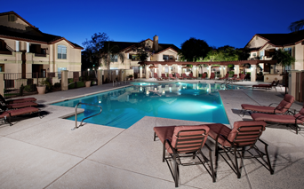 Coronado Crossing Outdoor swimming pool with sundeck and BBQ grills