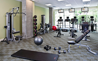 Metro 112 Expansive 24 hour fitness center Bellevue WA - quick 405 access