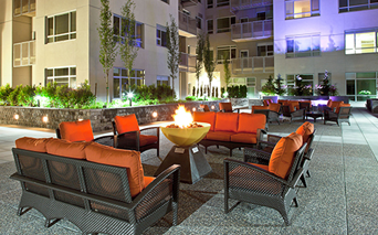 Metro 112 Courtyard lounge with water features and firepit Bellevue WA - Downtown Bellevue