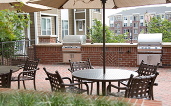 Gramercy Square At Ayrsley Rooftop lounge and grilling area Charlotte NC - Olde Whitehall