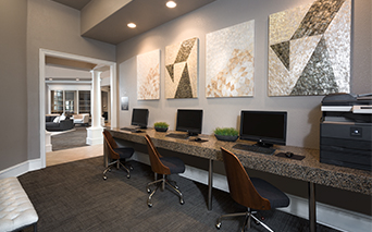 McDermott Place Apartments and Townhomes - Business Center - Plano ISD Apartments