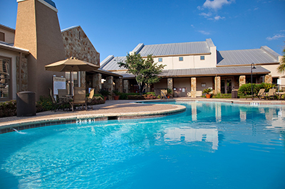 Settlers Ridge apartments for rent in North Austin - Relaxing lagoon style pool