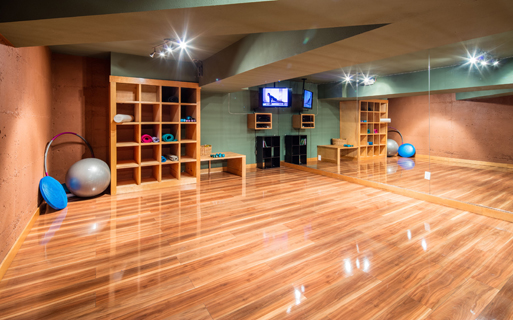 Boulder Creek apartments in the Sammamish School District - Newly constructed yoga studio
