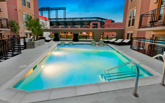 TwentyOne | 01 on Market - pool and sundeck - LoDo Apartments for Rent