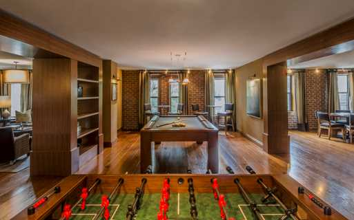 Apartments for rent in U Street Corridor DC - 14W Clubroom with billiards, poker and foosball