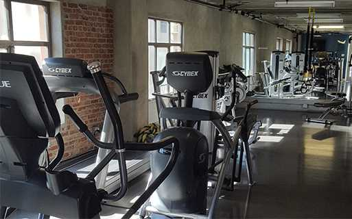 Apartments for rent in Los Angeles - Brockman Lofts Rooftop fitness center
