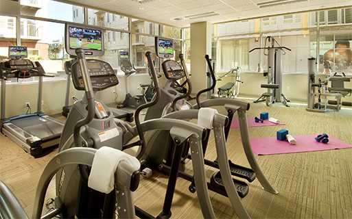 The Matisse apartments for rent near Oregon Health Science University - 24 hour fully equipped fitness center with free weights