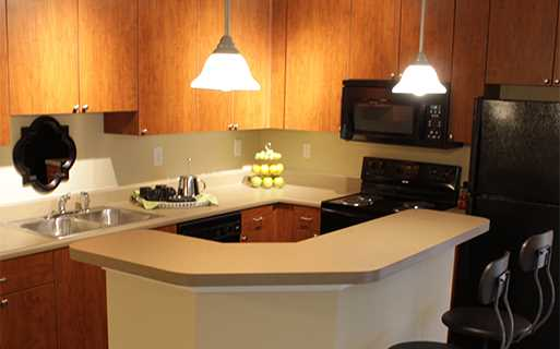 Johns Creek apartments in Duluth - Menlo Creek Modernized kitchens