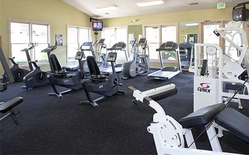 Parmer Lane apartments near Samsung - Settlers Ridge Fitness center