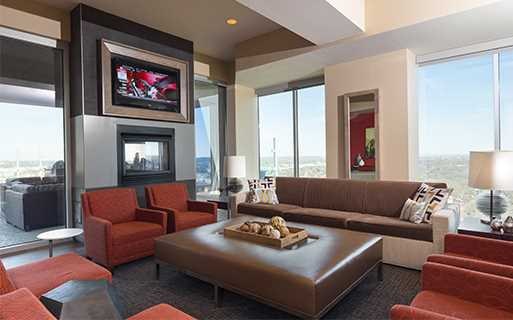 Downtown Austin apartments for rent - SkyHouse Austin Sky lounge