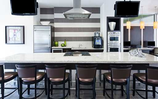 2 bedroom apartments in Houston - Metro Greenway Demonstration Kitchen Houston TX - Greenway Plaza
