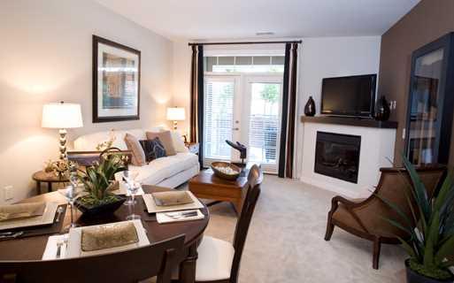 Apartments Near Charlotte Premium Outlets