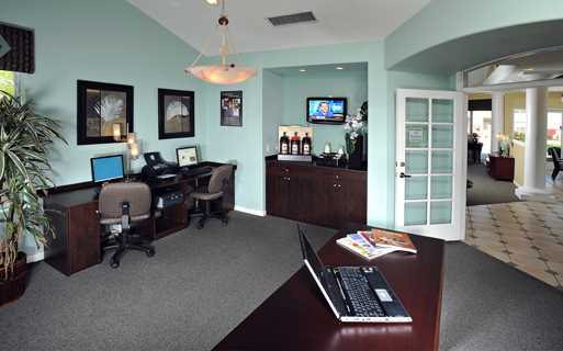 Apartments for rent in the Chandler School District - Coronado Crossing Business center coffee bar and Wi-Fi in the clubhouse