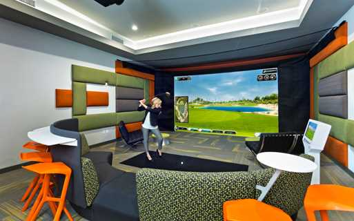 Luxury apartments in north Scottsdale az - Avion On Legacy Indoor Golf Simulator and screening Room
