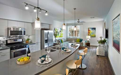 Avion On Legacy apartments for rent in Kierland, Arizona - Gourmet Kitchen