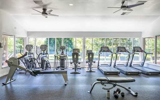 Cascade Summit Apartments near Rosemont Ridge Middle School - Fitness center