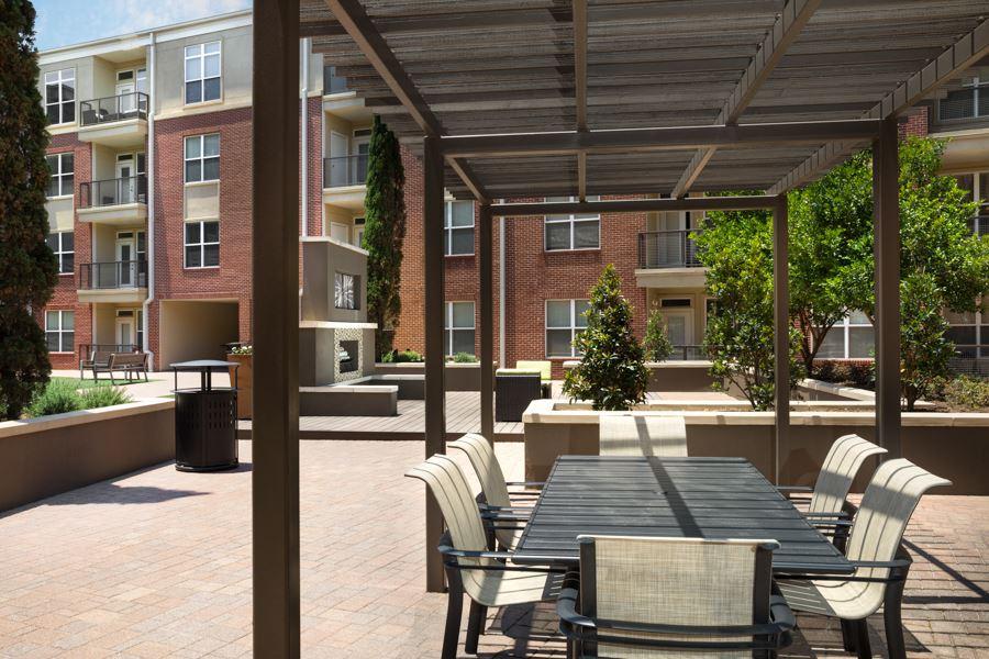 Metro Greenway Apartments Houston