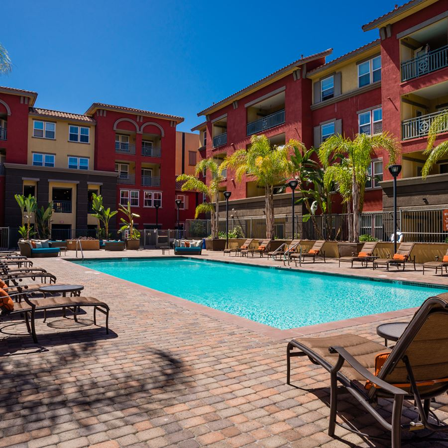 Gallery | Mission Valley Apartments in San Diego, CA | Mira Bella ...