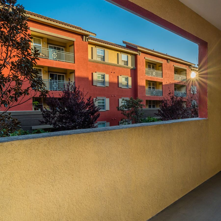 Mission Valley Apartments In San Diego Ca Mira Bella