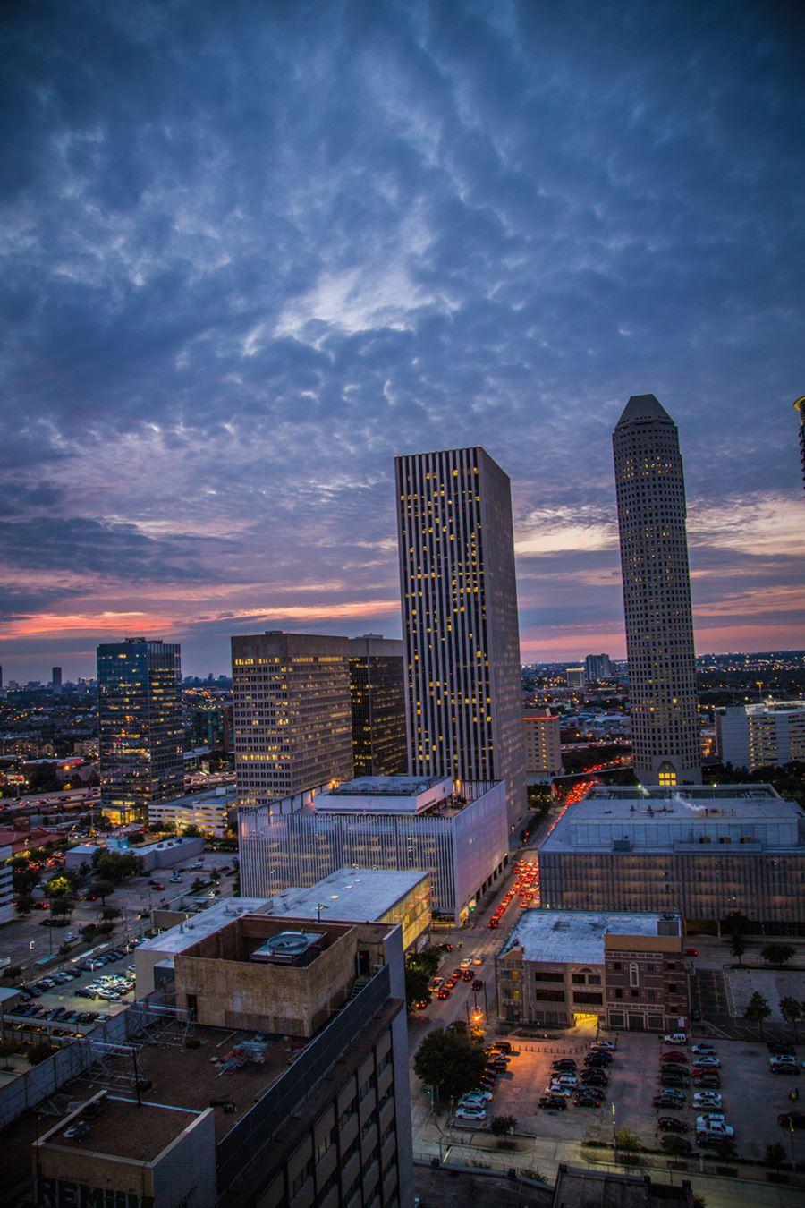Apartments In Downtown Houston Skyhouse Houston