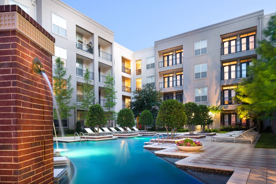 Tour The Gallery Uptown Dallas Tx Apartments For Rent