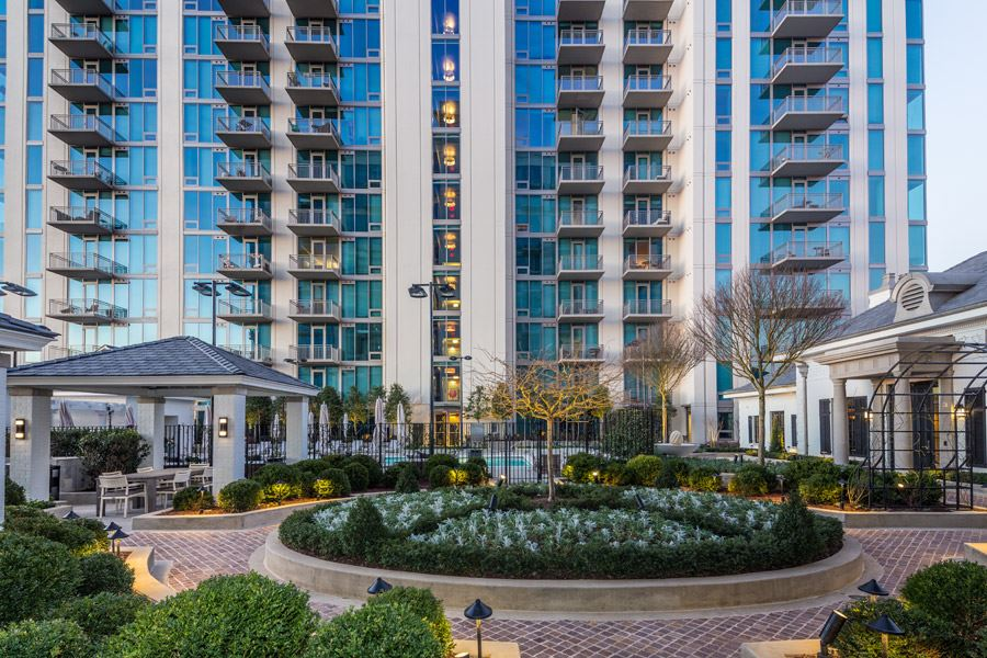Garden Courtyard Equipped With BBQ Grills And Dining Area. Apartments For  Rent In Buckhead ...