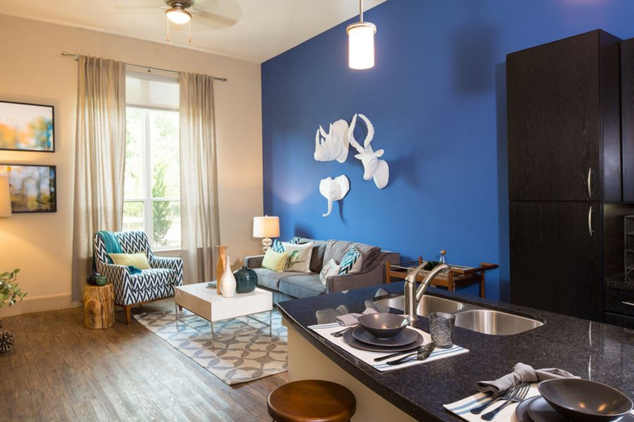 Tour The Gallery Houston Heights Apartments District
